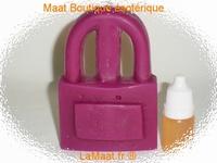 Bougie cadenas violet avec son huile