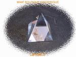 Pyramide de cristal petit model